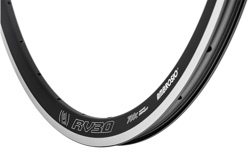 particolare del cerchio RV30 di Ambrosio Wheels